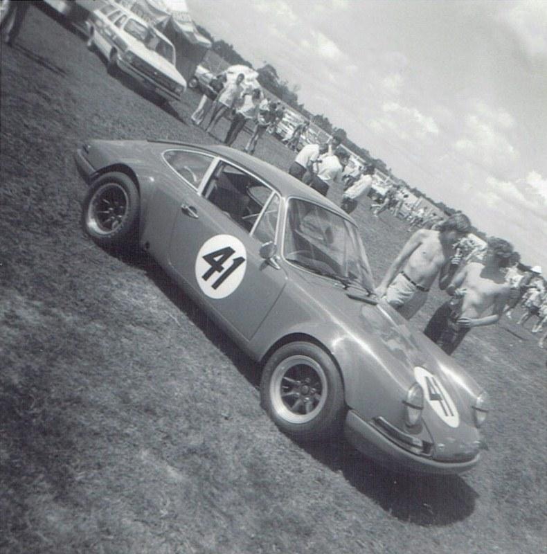 Name:  Pukekohe Jan 1971 GP #6 Porsche 911 Jim Palmer pic #2, v2 CCI18102015_0003 (2) (790x800).jpg Views: 1439 Size:  157.5 KB