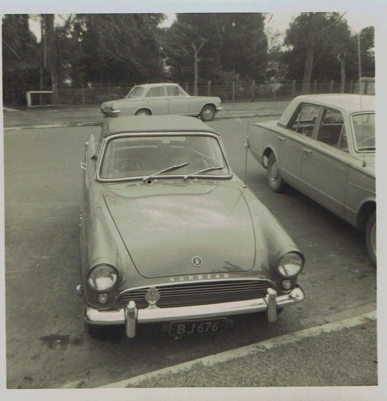 Name:  Cars by Roger Dowding #20 Sunbeam Alpine ; 1965 CCI05022016_0004 (772x800).jpg Views: 92 Size:  138.6 KB