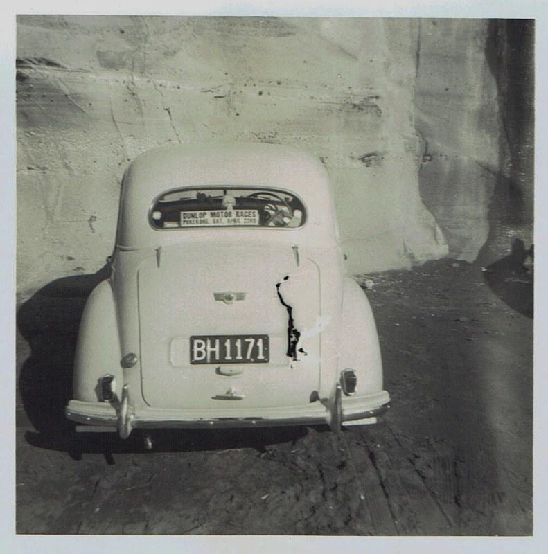 Name:  Cars by Roger Dowding #21 1951 Morris Minor - Richard Fowler Muriwai 1965 CCI05022016_0008 (791x.jpg Views: 91 Size:  134.3 KB