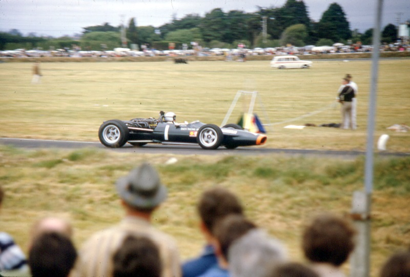 Name:  3 Bruce McLaren v12 BRM.jpg Views: 869 Size:  113.5 KB