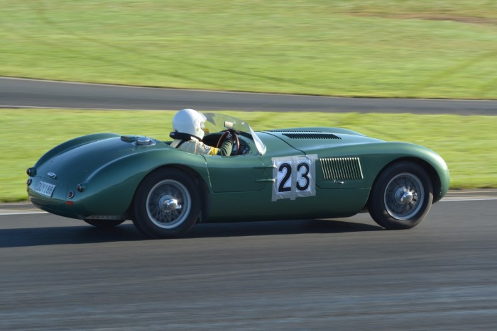 Name:  221_0516_057 Jaguar r.JPG Views: 195 Size:  108.6 KB