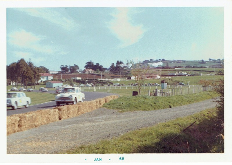 Name:  Pukekohe 1965 Wills 6 Hour French connection #1, CCI12102015_0002 (800x570).jpg Views: 3661 Size:  126.6 KB