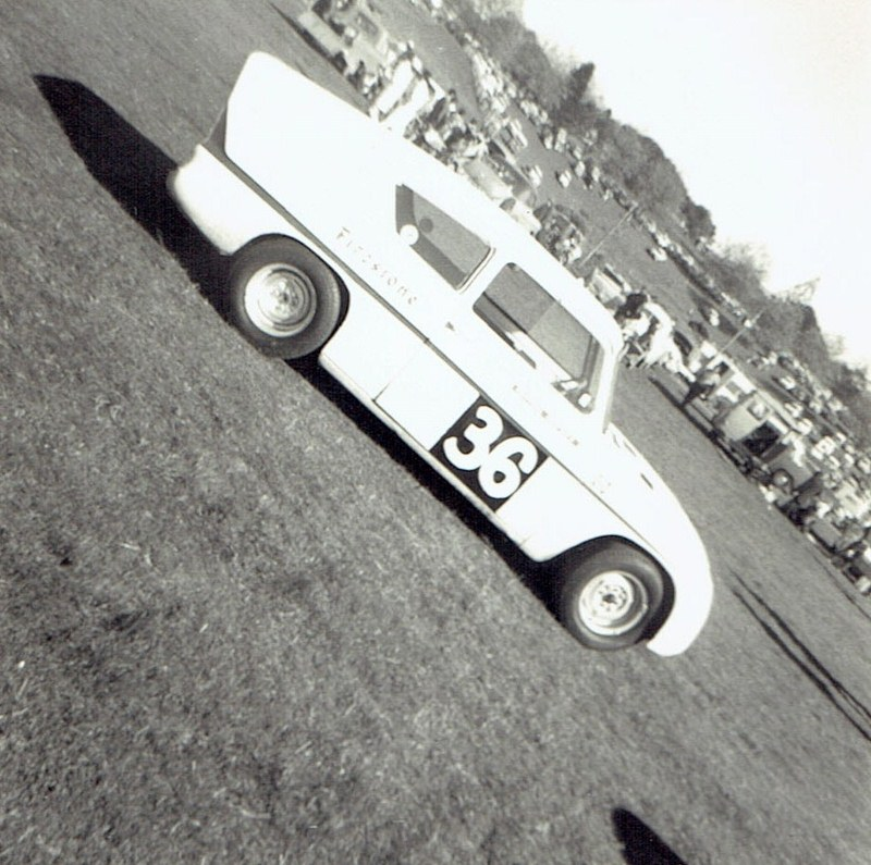 Name:  Pukekohe May 1966 #18 Lotus Anglia v1,  v2, CCI13102015_0001 (2) (800x795).jpg Views: 2109 Size:  173.5 KB