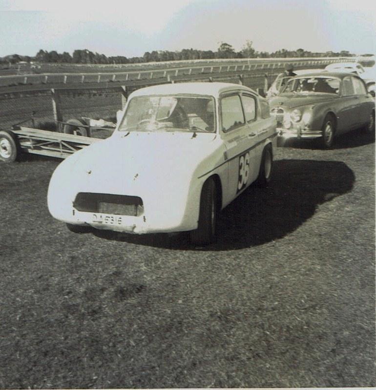 Name:  Pukekohe May 1966 #20 Lotus Anglia - same car v2, CCI13102015_0003 (2) (770x800).jpg Views: 2122 Size:  159.5 KB