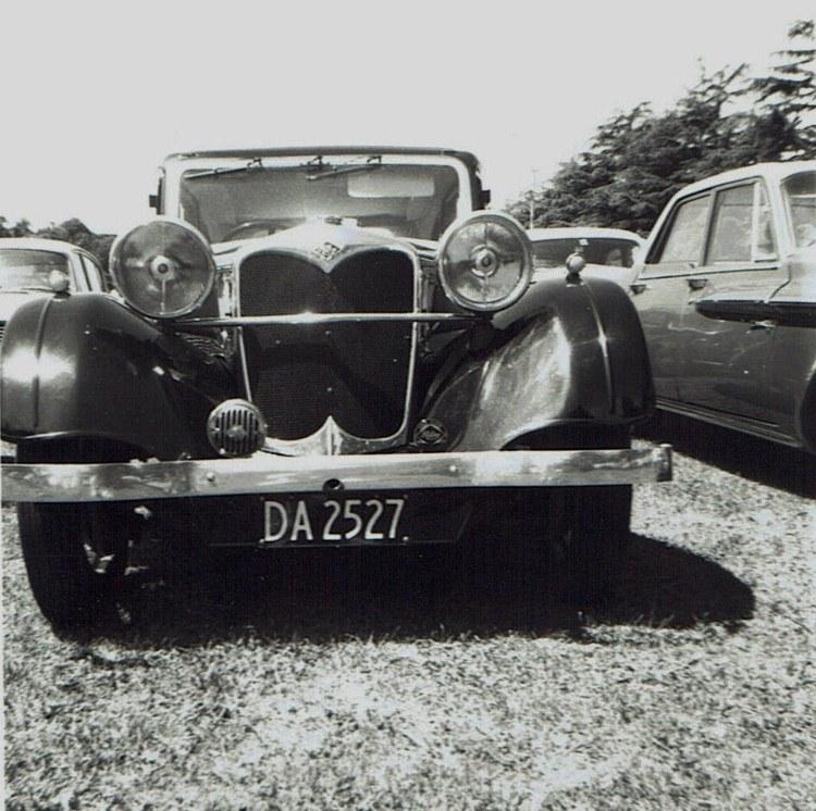 Name:  Vintage Rally 1968 Western Spings #10 Riley Alpine 1 CCI19012016_0004 (750x746).jpg Views: 1593 Size:  165.7 KB