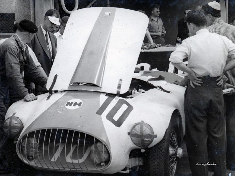 Name:  AH 100 #194 Nash Healey race #10 1953 Le Mans race K Stelk archives .jpg Views: 185 Size:  153.1 KB