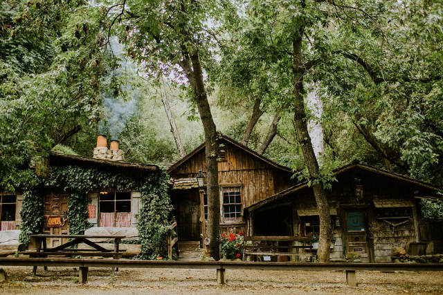 Name:  Healey Trip 1982 #202 Cold Springs Tavern Santa Barbara -website photo  (2) (640x427).jpg Views: 160 Size:  173.8 KB