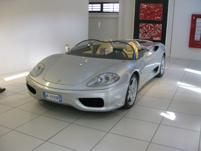 Name:  212_0509_048 Ferrari.JPG Views: 162 Size:  65.6 KB