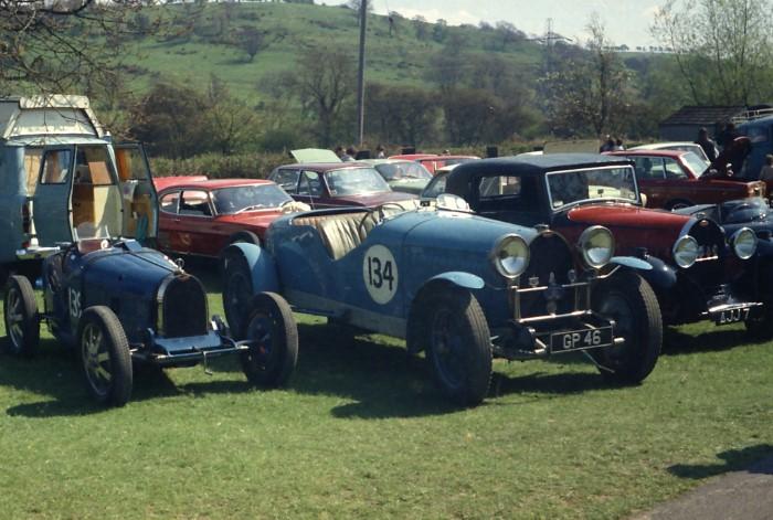 Name:  171_0502_134 Bugatti.jpg Views: 119 Size:  108.7 KB