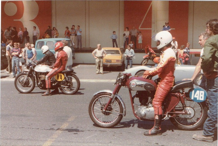 Name:  Dunedin Festival 1984 motorcycles #2 CCI08102015_0001 (750x504).jpg Views: 3012 Size:  130.7 KB