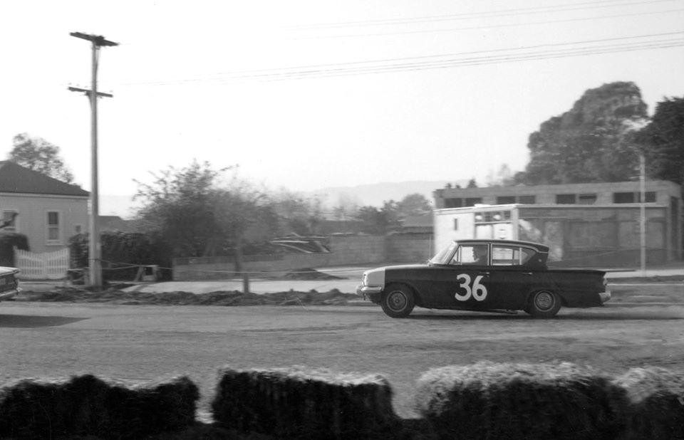 Name:  Motor Racing Matamata #33 1964 Ford Consul 315 Ross Cammick Scott-Given archives .jpg Views: 117 Size:  58.1 KB