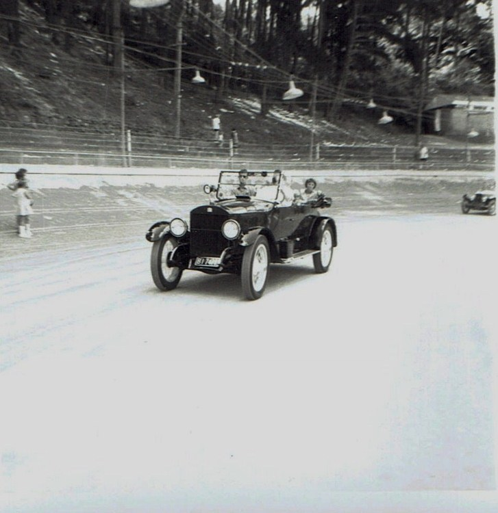 Name:  Vintage Rally 1968 Western Spings #5  Tourer !! CCI19012016_0001 (727x750).jpg Views: 1710 Size:  110.7 KB