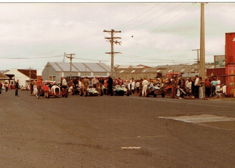 Name:  Dunedin Festival 1984 #46 single seater field #2, v2, CCI12112015 (2) (800x572).jpg Views: 1009 Size:  124.6 KB