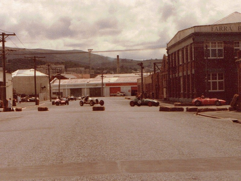 Name:  Dunedin Festival 1984 #48 Single seater field racing v2, CCI12112015_0002 (2) (800x602).jpg Views: 1021 Size:  133.4 KB