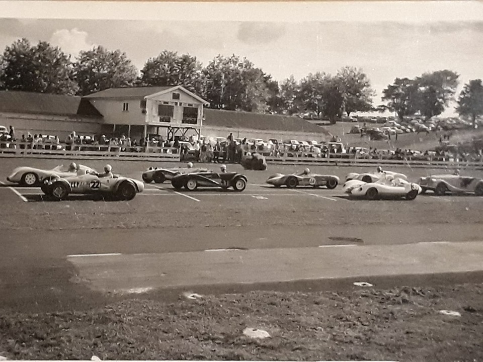 Name:  Pukekohe 1966 #13 April 1966 Sports Car Race Start Steve Sharp .jpg