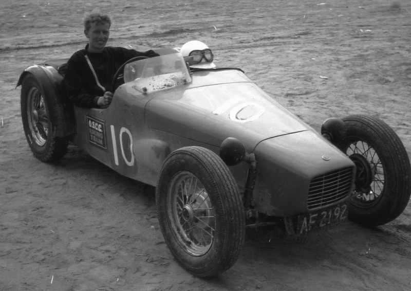 Name:  Jim Bennett Furi Cars #30 Furi 1 Nelson 1965-66 BW Jim Bennett archives  (800x566) (2).jpg Views: 260 Size:  118.7 KB