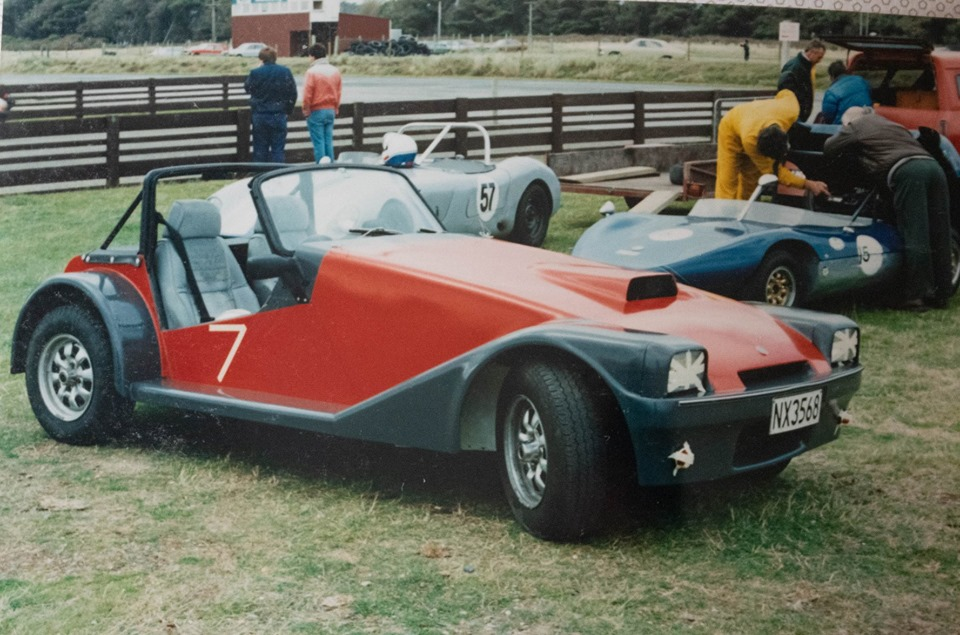 Name:  Jim Bennett Furi Cars #25 FURI 5 built for son Warren. 2 Liter OHC Vauxhall Elin and Buckler beh.jpg Views: 174 Size:  174.4 KB