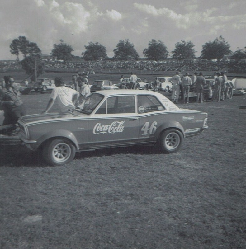 Name:  Pukekohe 1971 #33 Viva GT Alan Boyle GP meeting Roger Dowding .jpg