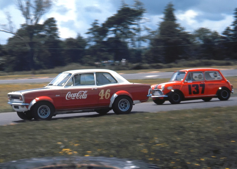 Name:  Pukekohe 1971 #35 Viva GT Coca Cola Alan Boyle at hairpin TRS Gary Simkin photo.jpg