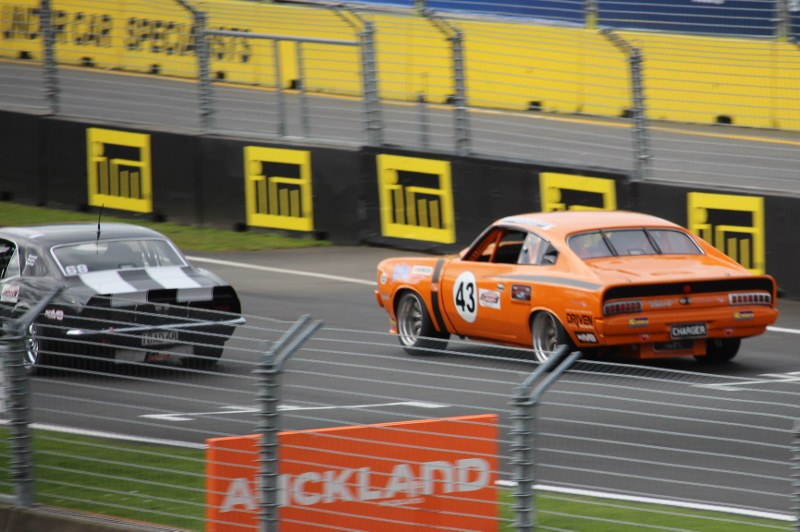 Name:  Pukekohe 2019 #77 Charger Camaro 2 2019_09_14_0981 (2) (800x532).jpg