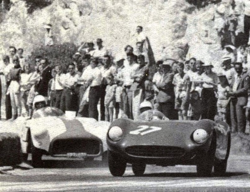 Name:  1961 Road Racing at Napier. - Copy (2).jpg Views: 464 Size:  160.1 KB