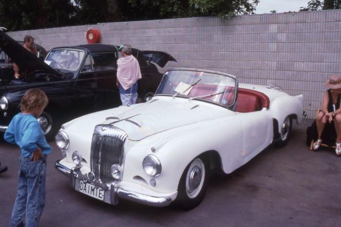Name:  188_1113_703 Daimler.jpg Views: 215 Size:  86.9 KB