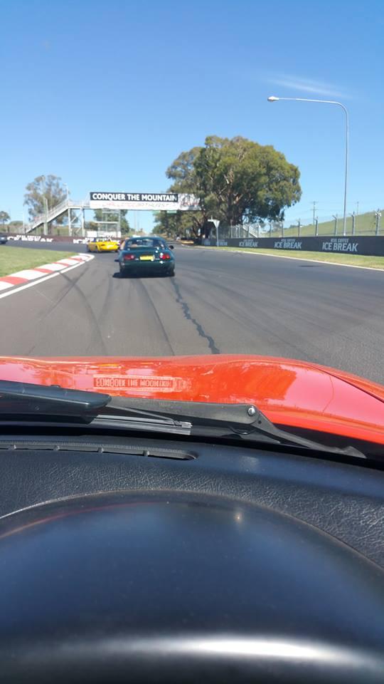 Name:  MX5 #26 NA's view from Car Pit Straight Bathurst W Watkins .jpg Views: 151 Size:  49.4 KB