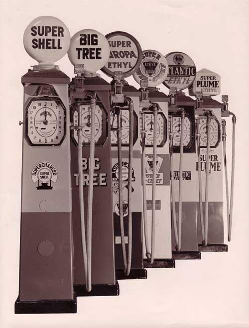 Name:  Car signs #21 NZ petrolpumps 1950's website .jpg Views: 85 Size:  36.0 KB