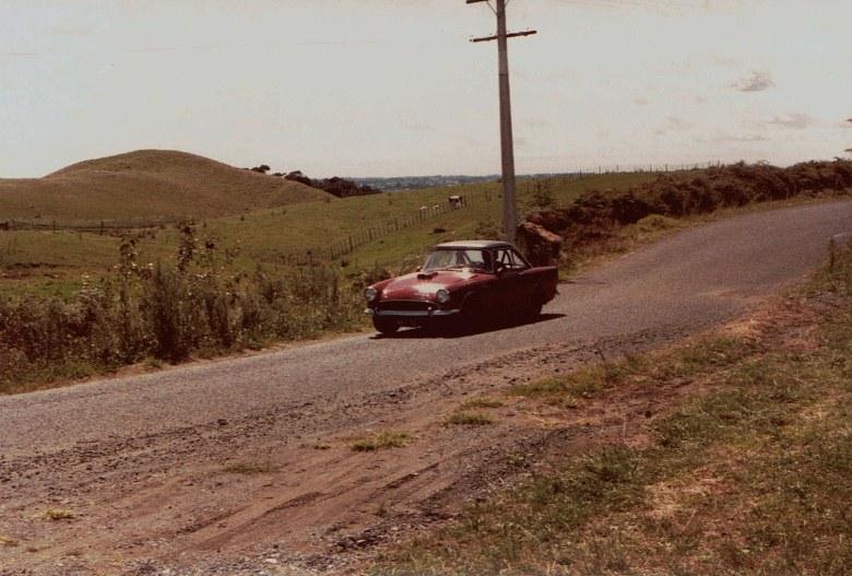 Name:  AHCCNZ Otaua Hill Climb 1985 #20 Sunbeam Alpine CCI30112015 (780x527).jpg Views: 893 Size:  131.3 KB