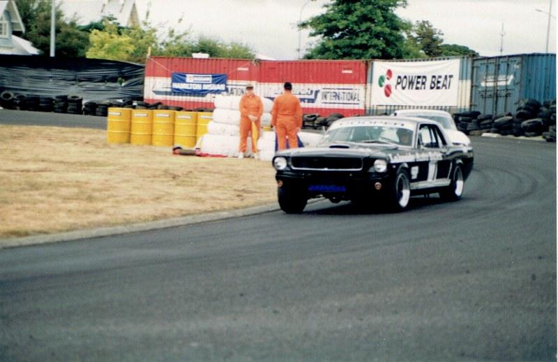 Name:  Telecom Motorfest 1994 Mustang #2, CCI06092015 (2) (800x520).jpg Views: 1190 Size:  117.6 KB