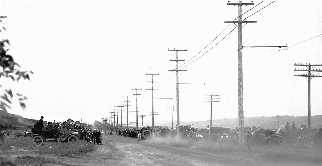 Name:  1915. Onto the long straight on Rosecrans St..jpg Views: 74 Size:  123.3 KB
