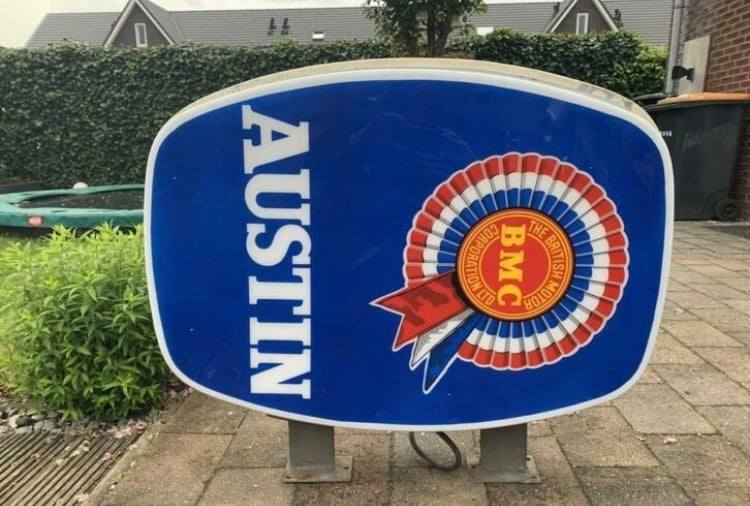 Name:  Logo #54 BMC sign large Healey Museum .jpg Views: 80 Size:  64.2 KB
