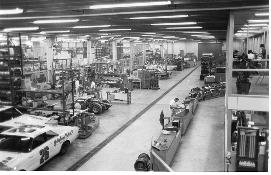 Name:  Holman & Moody workshop 1967.jpg Views: 164 Size:  180.0 KB