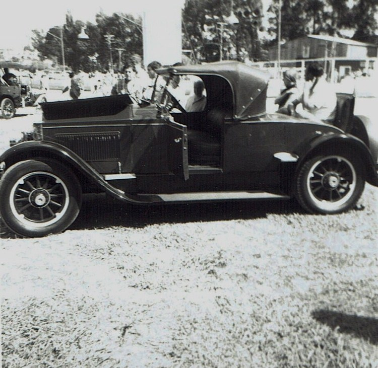 Name:  Vintage Rally 1968 Western Spings #6 1923 Packard Roadster CCI19012016_0003 (750x731).jpg Views: 1152 Size:  173.2 KB