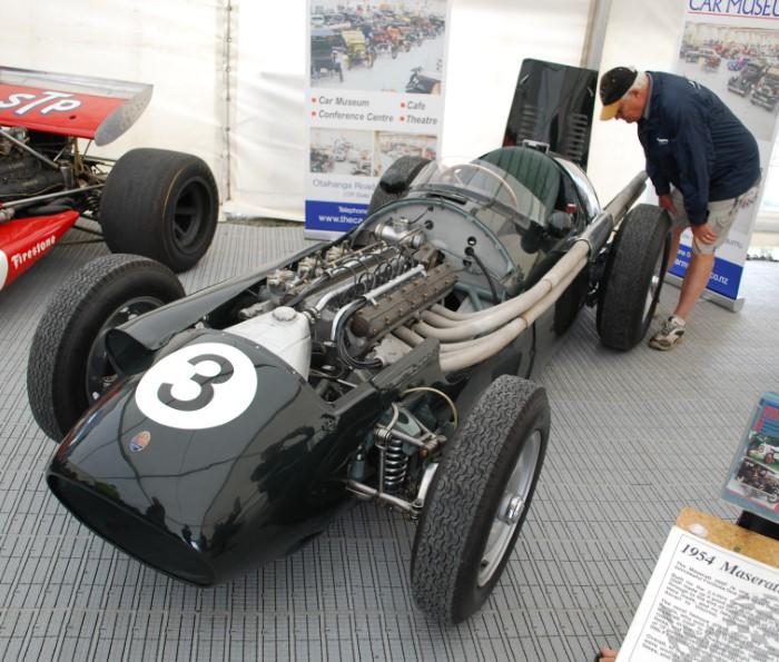 Name:  211_0122_046 Maserati.JPG Views: 59 Size:  150.0 KB