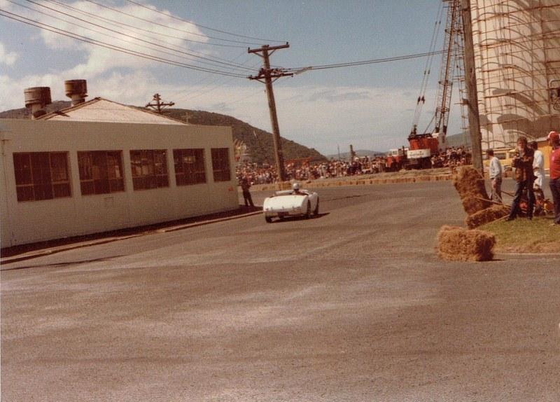 Name:  Dunedin Festival 1984 Healey Chris White CCI09102015_0001 (800x574).jpg Views: 2684 Size:  144.7 KB
