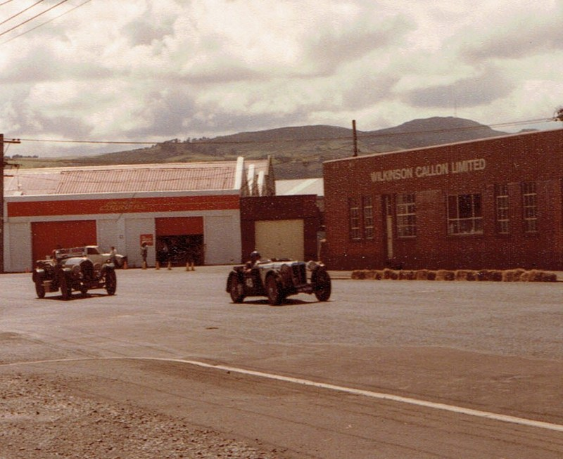 Name:  Dunedin Festival 1984 #37 Pre-war & Vintage #2, v2, CCI10112015_0001 (2) (800x653).jpg Views: 1968 Size:  141.2 KB