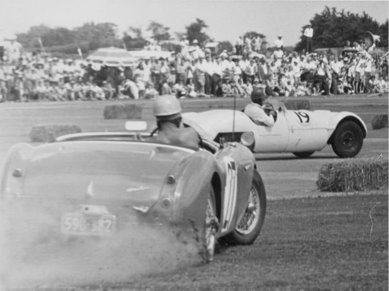 Name:  AH 100 #102 AH Wigram 1961 Cobber Hurley spin Sean Taylor archives .jpg Views: 151 Size:  49.9 KB