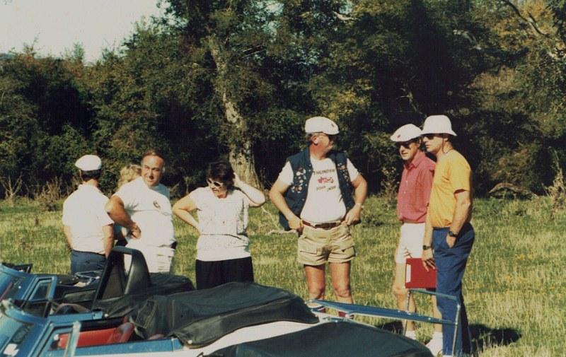 Name:  AHCCNZ events #134 1987 Rotorua Rally people 1 MHD centre r. CCI15052016_0007 (800x505).jpg Views: 870 Size:  154.6 KB