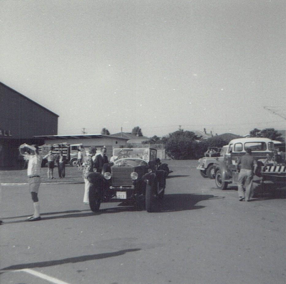 Name:  Vintage Rally 1971 #3  Tourer & trucks CCI09012016_0004.jpg Views: 2503 Size:  147.6 KB