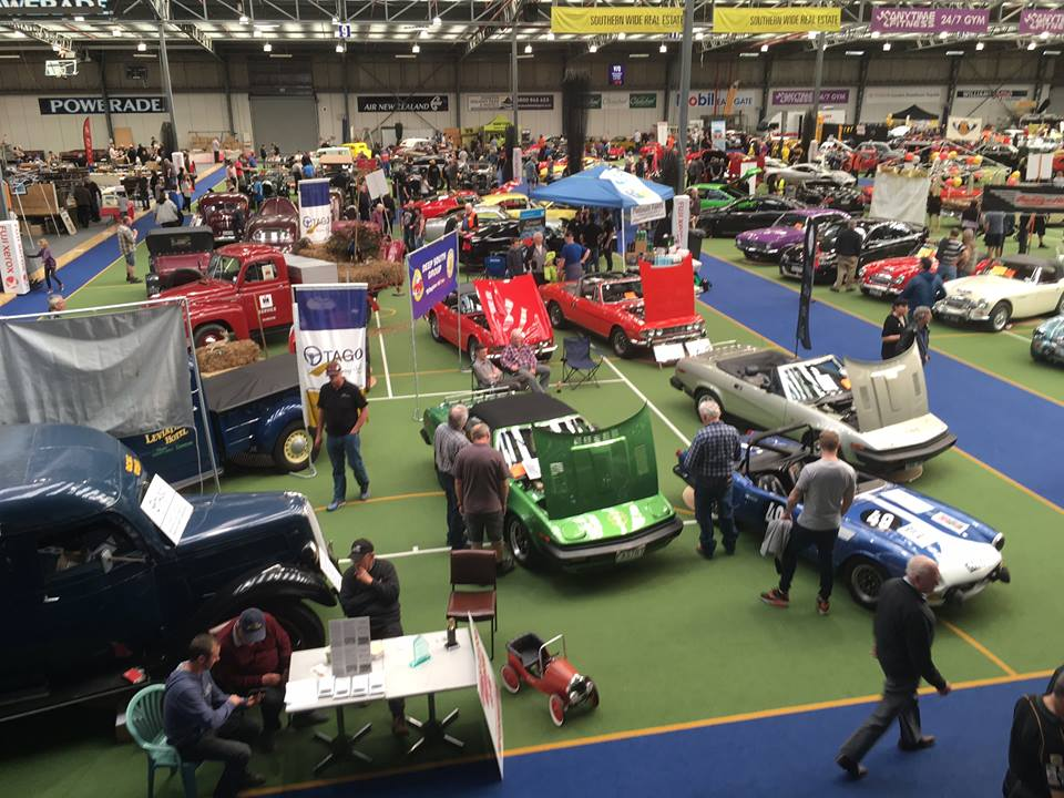 Name:  AHCCNZ #225 TR's and  Healeys at AutoSpectacular Sep 2017 Allan Dick photo.jpg Views: 485 Size:  124.1 KB