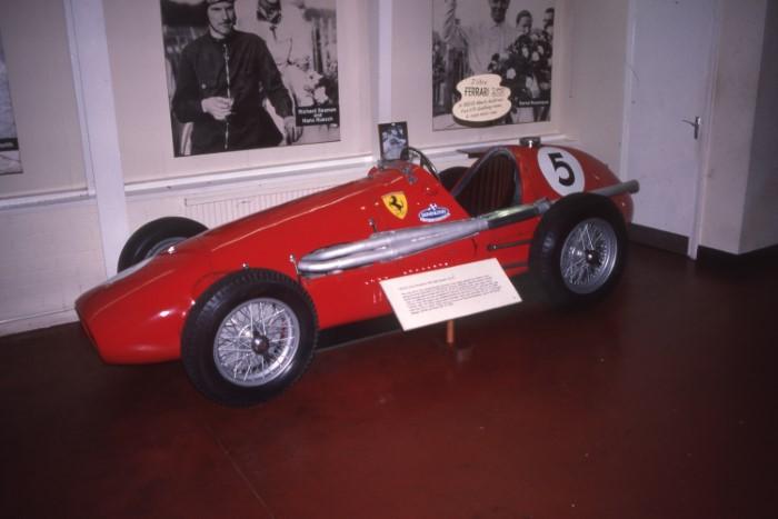 Name:  187_0629_421 Ferrari.jpg Views: 495 Size:  60.5 KB