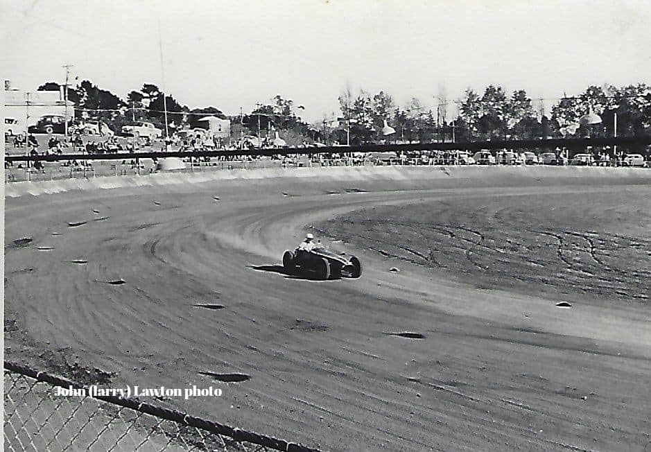 Name:  NSCC #325 1965 8 May Western Springs Jim Boyd in I think Cooper Holden J L Lawton .jpg Views: 284 Size:  88.6 KB
