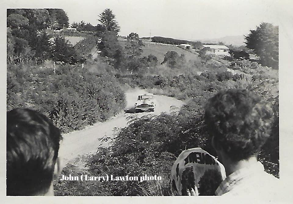 Name:  NSCC 1965 #11 Birdwood Road (Massey) hillclimb 14 Mar 1965 Rod Coppins J L Lawton.jpg Views: 247 Size:  98.5 KB