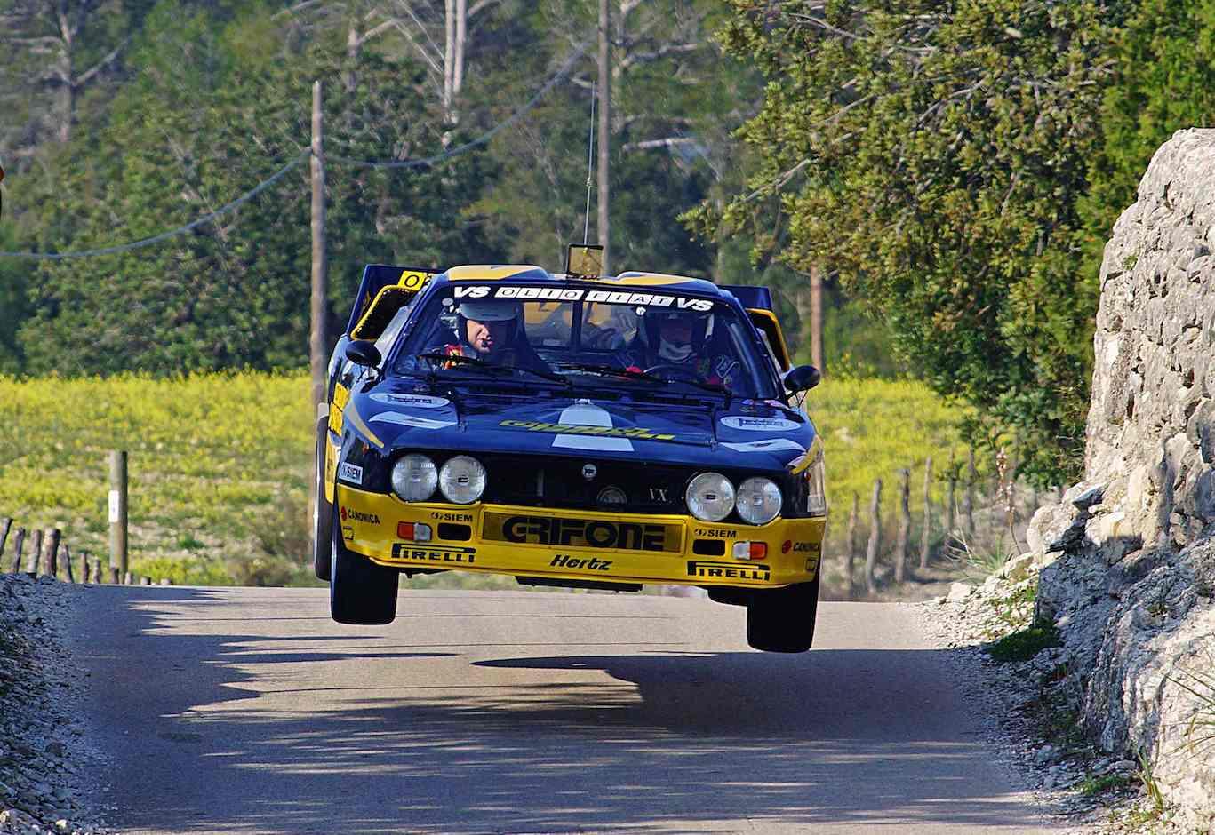 Name:  Lancia 037 Salto Campanet lowres copy.jpg Views: 1333 Size:  151.4 KB