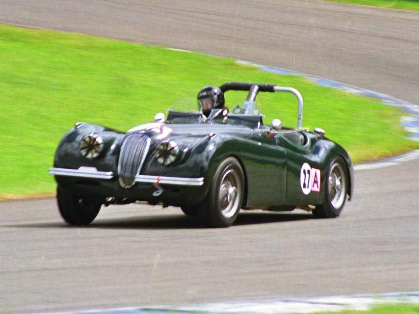 Name:  199_1109_129 Jaguar.jpg Views: 798 Size:  103.4 KB