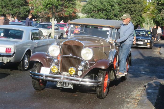 Name:  221_0530_34 Chrysler.JPG Views: 198 Size:  133.5 KB