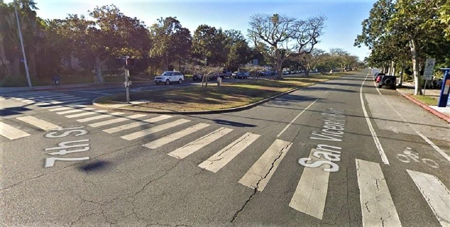 Name:  Santa Monica at San Vincente Blvd and 7th Ave.JPG Views: 78 Size:  190.3 KB