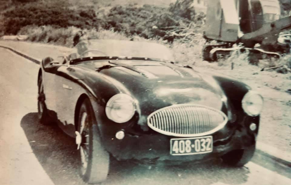 Name:  AH 100S #597 AHS3601 1958 408.032 56-61 plates Max Richards 4th owner NZ Clas Arleskar.jpg Views: 34 Size:  56.2 KB