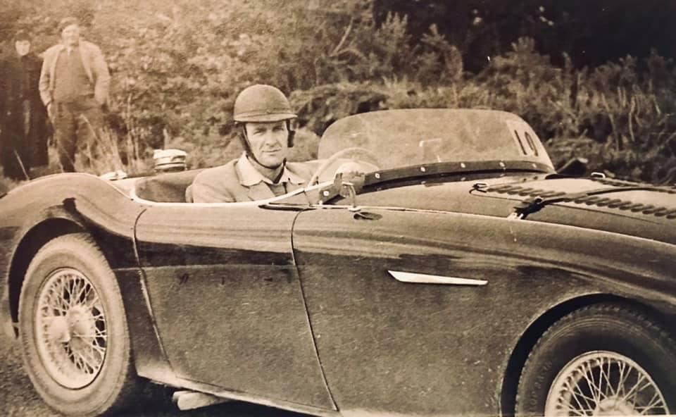 Name:  AH 100S #596 AHS3601 1957 race ready Jack Grieve NZ Clas Arleskar .jpg Views: 34 Size:  73.5 KB